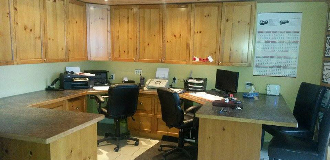custom office workstations